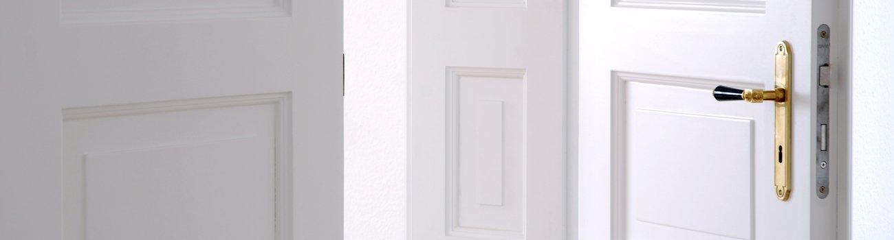 Tür mit KLinke